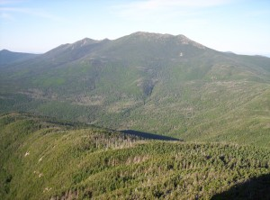 An early-morning view of Franconia Ridge, as seen from Mount Garfield