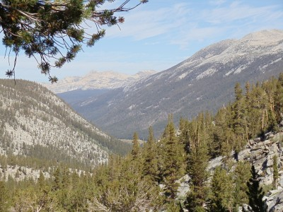 The majestic Lyell Canyon and the surrounding mountains