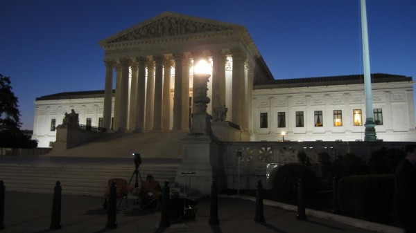 An early-morning Supreme Court building on the first day of the October 2014 term